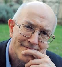 Marcel Gauchet historien et philosophe et directeur d'études à l'École des hautes études en sciences sociales, au Centre de recherches politiques Raymond-Aron et rédacteur en chef de la revue Le Débat